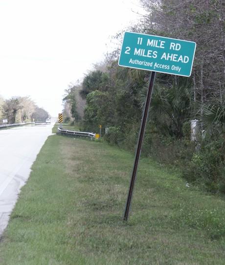 Everglades Road Sign