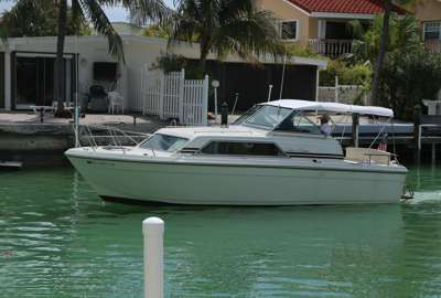 29' Chris Craft Catalina Express with twin gas inboards